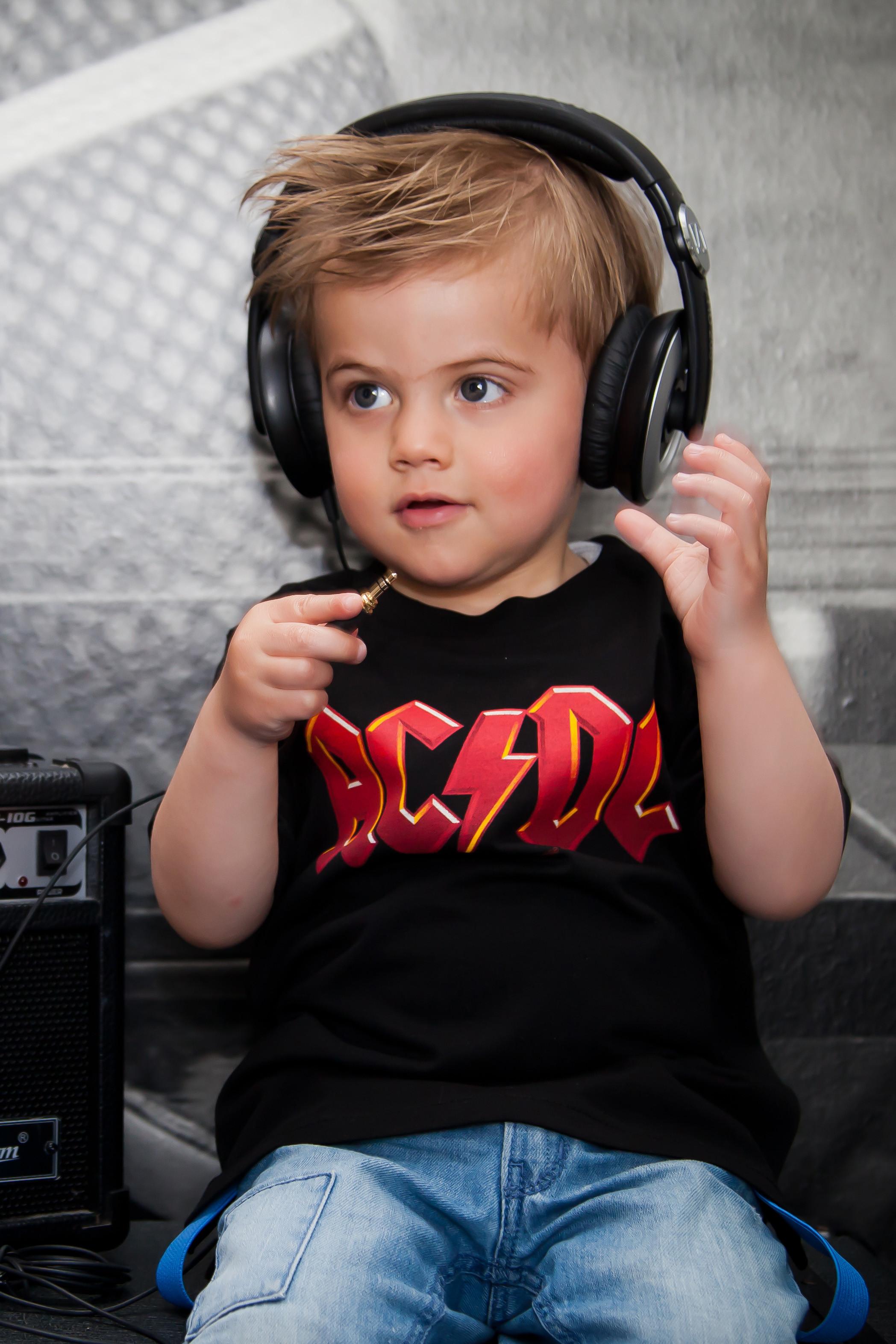 AC/DC baby Shirt gekleurd logo