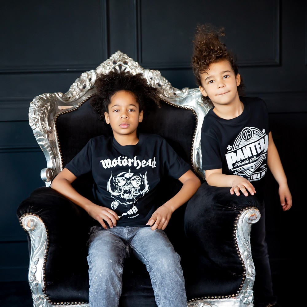 Pantera t-shirt Enfant Stronger Than All Metal-Kids fotoshoot